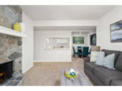 Windrush Apartments - Two BR Two BA