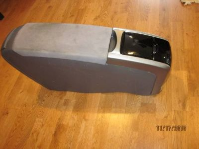 TOYOTA PRIUS 2008 Front Arm Rest Center Console with Cup Holder GREY