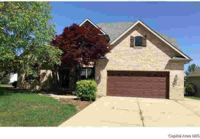 2505 Tartan Way SPRINGFIELD Four BR, Great value in Piper Glen