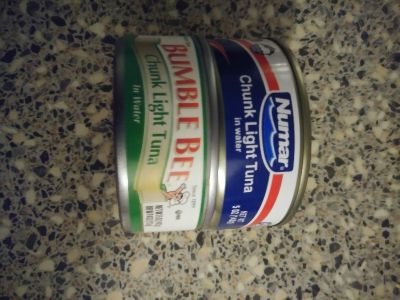 2 cans tuna, 1 can expires feb 2019 and other can April 2021. Porch pick up