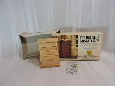 Brand NEW Vintage Doll House Chest of Drawers House of Miniatures