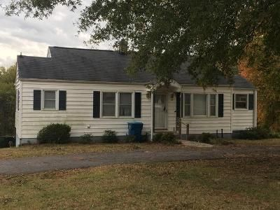 2 Bed 1 Bath Foreclosure Property in Advance, NC 27006 - Us Highway 158