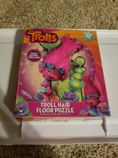 Trolls floor puzzle with troll hair pieces