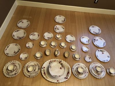 61 piece Spode China set - Fairy Dell pattern