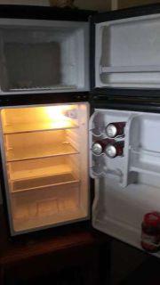 Refrigerator / Freezer by Vissani