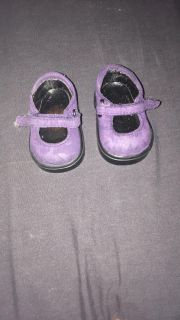 18 doll shoes fits American girl