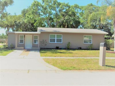 Move In Ready SFH Minutes to MacDill AFB Tampa FL