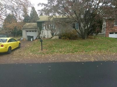 2 Bed 1 Bath Preforeclosure Property in Feasterville Trevose, PA 19053 - Rosewood Ave