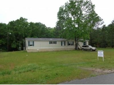 4 Bed 2 Bath Foreclosure Property in Grand Bay, AL 36541 - W Quail Ridge Ln