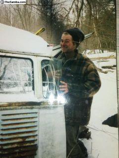 [WTB] 23/21 Window Deluxe Bus (barn/woods/garage finds)