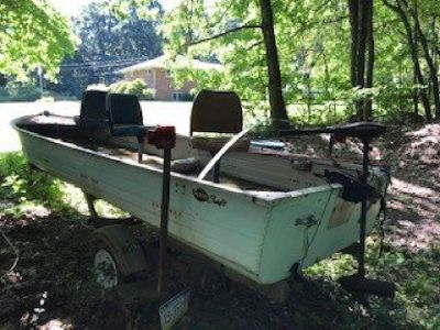 1976 Mirrocraft fishing boat 16 foot, Minkota trolling motor + trailer 3 seat