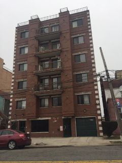 ID#:  1319792 Beautiful Fresh Meadows Condo For Rent
