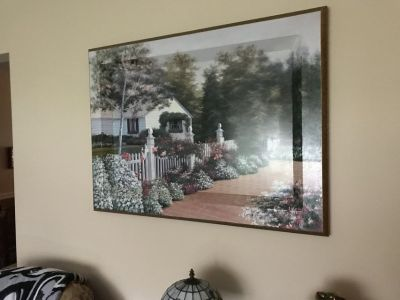 Large Picture-English Cottage w/Flowers and Yard
