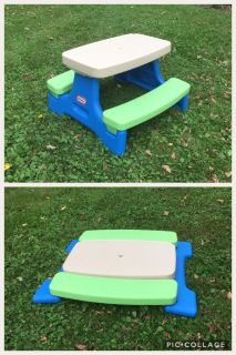 Little Tikes Easy Store Folding Picnic Table, asking $25 (on sale at Walmart for $70) **READ PICK-UP DETAILS BELOW