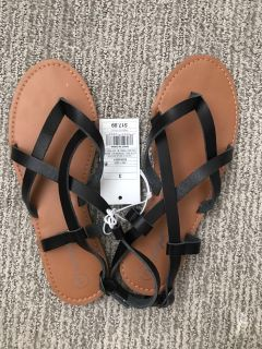 NWT Cat & Jack Black leather sandals Size 3