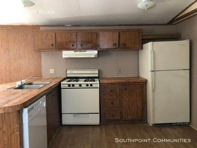 Single-family home Rental - 16 Scott Road
