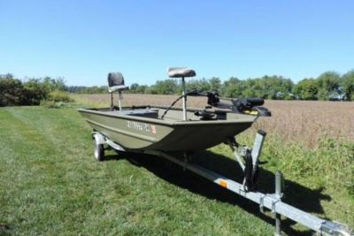 2012 Tracker Grizzly 1648