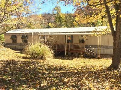 3 Bed 2 Bath Foreclosure Property in Imperial, MO 63052 - Quiet Forest Dr