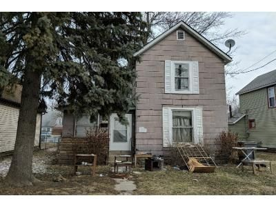 3 Bed 1 Bath Preforeclosure Property in Lima, OH 45804 - Fairview Ave