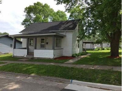 2 Bed 1 Bath Foreclosure Property in Maquoketa, IA 52060 - N Niagara St