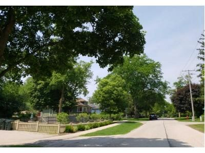 2 Bath Preforeclosure Property in Barrington, IL 60010 - Waverly Rd