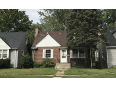 4 Bed 1 Bath Foreclosure Property in Dolton, IL 60419 - E 144th Pl