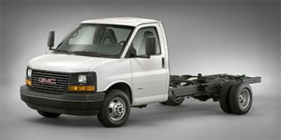 2018 GMC Savana Commercial Cutaway Work Van (Summit White)