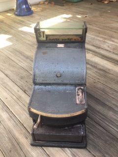 1920 St. Louis Cheese Cutter cash register