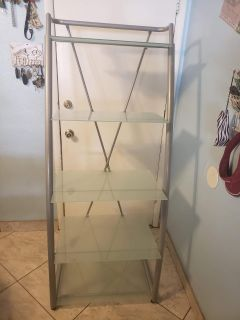 Frosted glass shelving media unit