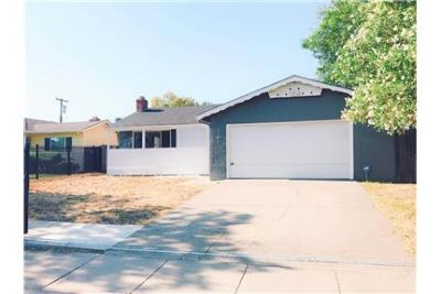 Remodeled Beautiful Home In Great Location!
