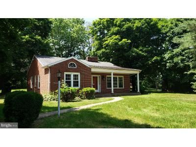 2 Bed 1 Bath Foreclosure Property in Clear Spring, MD 21722 - National Pike