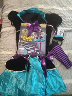Miss mad hatter costume