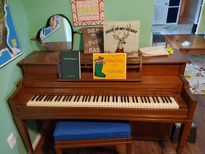 Kimball Piano with bench - Free