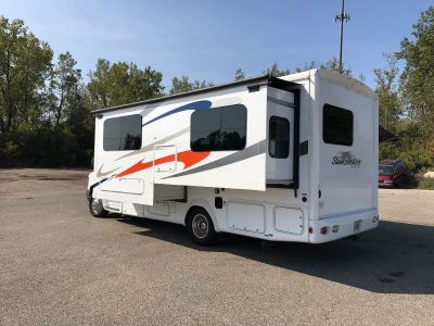 2016 Forest River Sunseeker Grand Touring 2430S motorhome RV