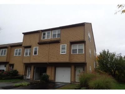 2 Bed 1.5 Bath Foreclosure Property in Salem, MA 01970 - Russell Dr