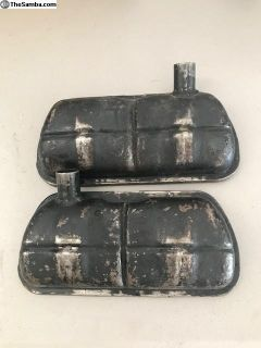 Vented valve covers