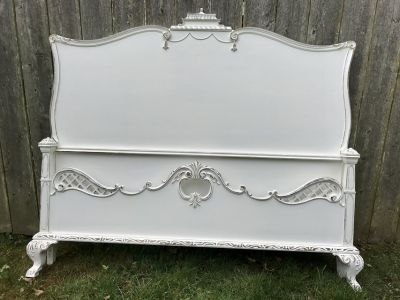 Full/Double Shabby Chic Bed