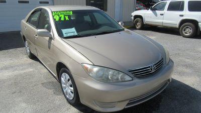 2006 Toyota Camry Standard (Tan)