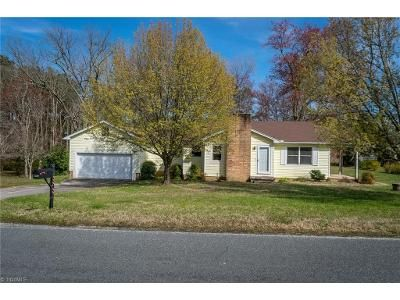 2 Bed 1 Bath Foreclosure Property in High Point, NC 27263 - Cox Ct