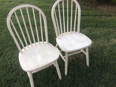 4 Farmhouse style distressed wood chairs