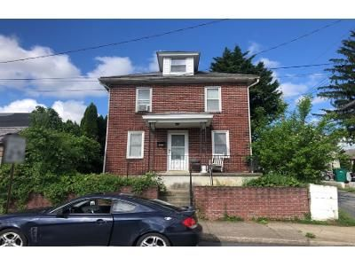 3 Bed 1 Bath Preforeclosure Property in Hershey, PA 17033 - Linden Rd