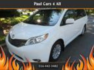 $19750.00 2014 TOYOTA Sienna with 83548 miles!