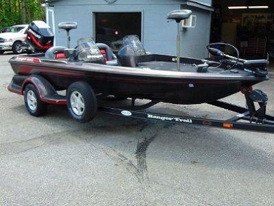 2000 Ranger Bass Boat 462VS