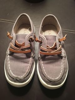 Size 9 Boys boat shoes