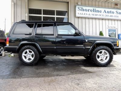 2001 Jeep Cherokee Sport (Black)