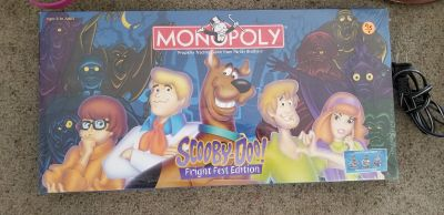Scooby-Doo Fright Fest Edition Monopoly new