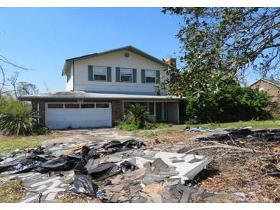 4 Bed 3.1 Bath Foreclosure Property in Lynn Haven, FL 32444 - Radcliff Ave