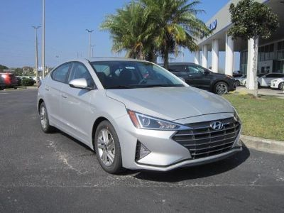 2019 Hyundai Elantra (silver)