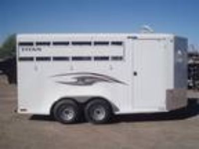 2019 Titan Trailer Royal 3 horses