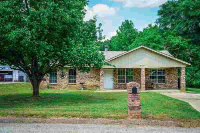 709 Alta St. LONGVIEW Three BR, New Listing in Spring Hill ISD.